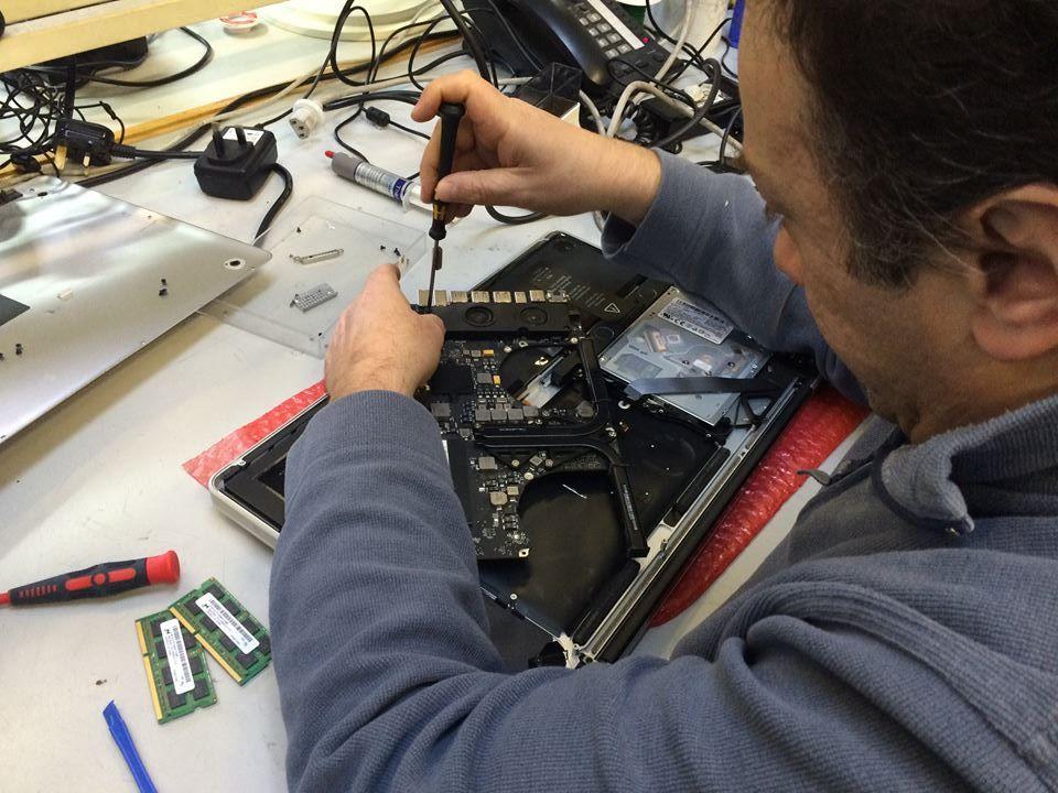 MacBook Pro A1297 AMD Radeon HD 6770M Graphics Repair
